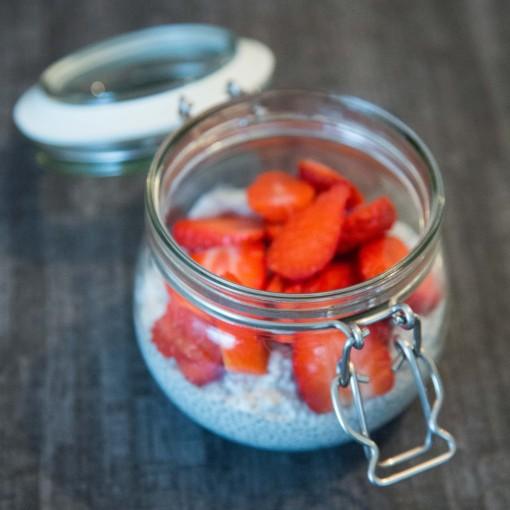 Chiapudding mit Erdbeeren