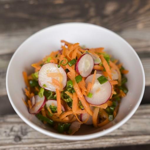 Karotten-Radieschen-Salat