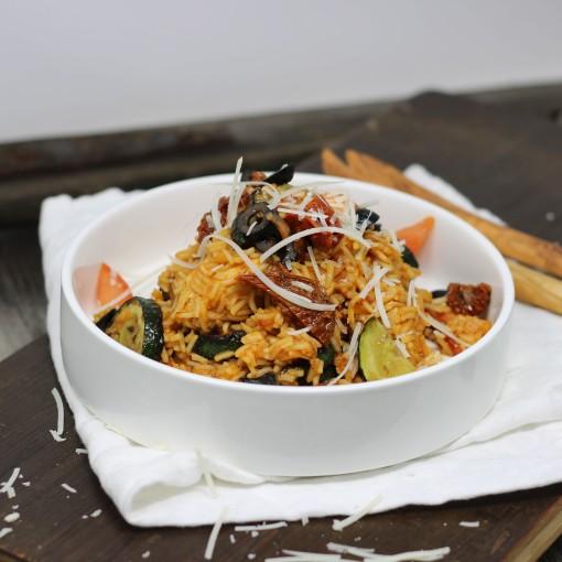 Toskanisches Reisfleisch mit Huhn und frischem Parmesan