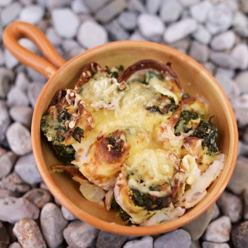 Überbackene Palatschinken mit Spinat-Feta Fülle