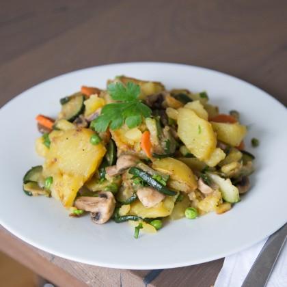 Gemüse-Kartoffelgröstl