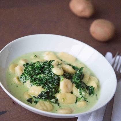 Gnocchi mit Spinat-Käsesauce