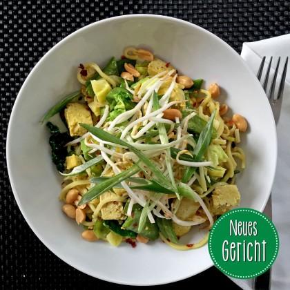 Gemüse Wok mit Eiernudeln