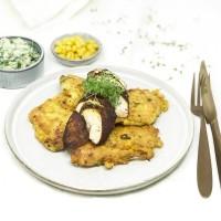Hähnchen mit Avocadocreme und Maisküchlein